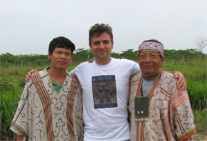 Павел Берснев среди индейцев племени шипибо конибо
