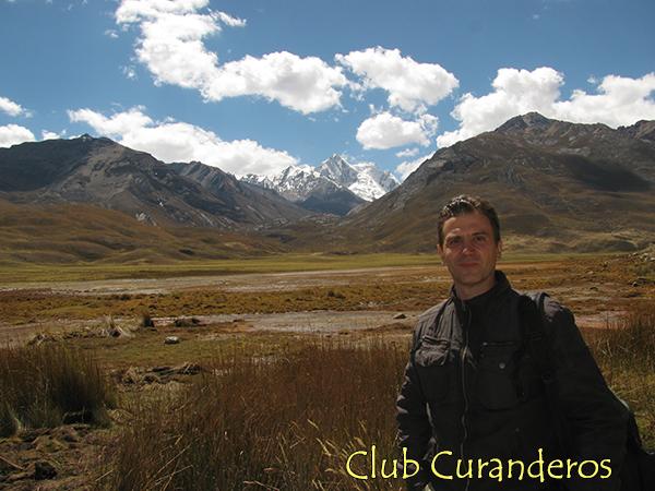 Берснев П. В. на высокогорном плато между Сьерра Бланка и Сьерра Негра